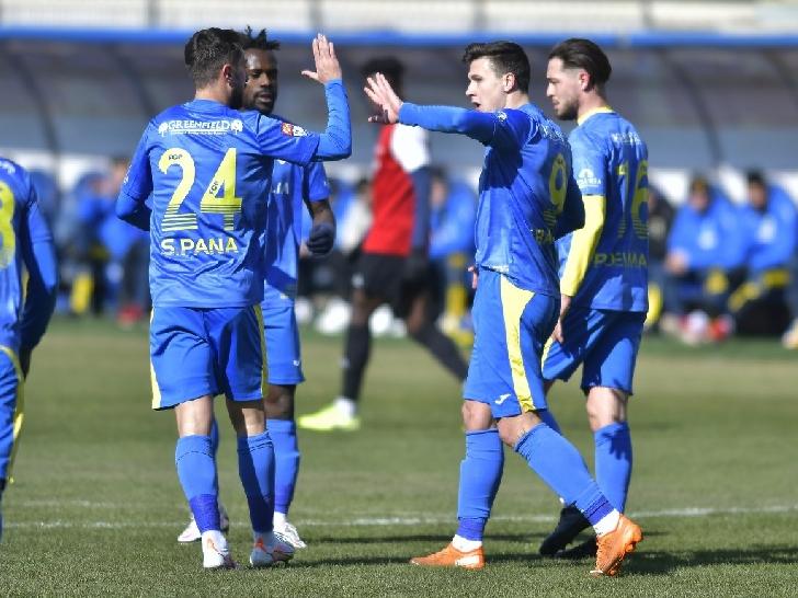 Victorie lejera in amicalul cu Somuz Falticeni.PETROLUL PLOIESTI-Somuz Falticeni 5-0
