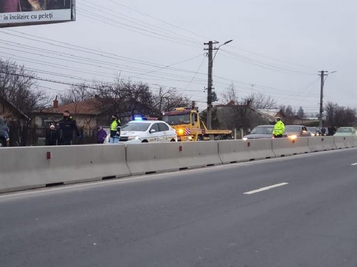 Bărbatul care a produs accidentul rutier de la Puchenii Mari a fost prins de poliţişti. Acesta nu avea permis de conducere