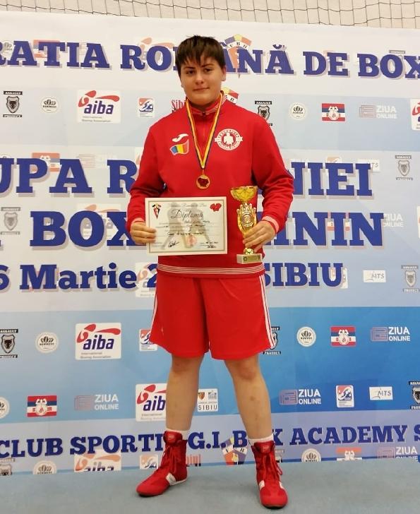 CSM Ploiesti.Livia Botică şi Isabel Pîrvu au câştigat Cupa României la box
