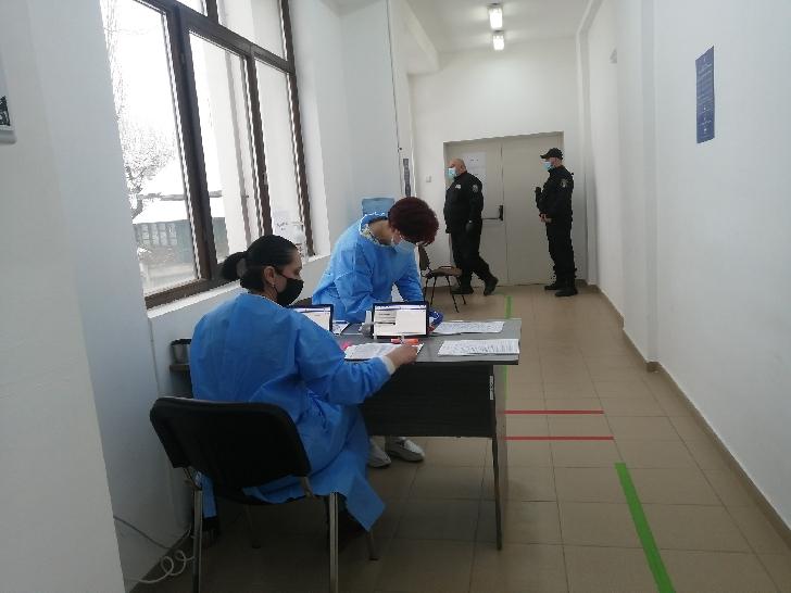 Informare de presă privind situaţia COVID-19 şi a vaccinării anti SARS-CoV-2, în judetul Prahova la data de 13 martie 2021