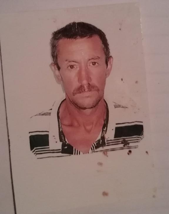 Un bărbat din Măneciu este dat dispărut, de două săptămâni. Dacă îl vedeţi sunaţi la Poliţie