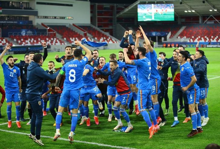 Tricolorii mici la un meci de sferturile Euro Under 21.3 scenarii ale calificării