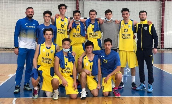 """Echipa de baschet băieţi """"U18"""" a CSM Ploieşti s-a calificat in faza semifinală a campionatului"""