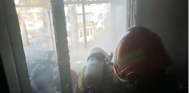 Incendiu la balconul unui bloc din Ploiesti
