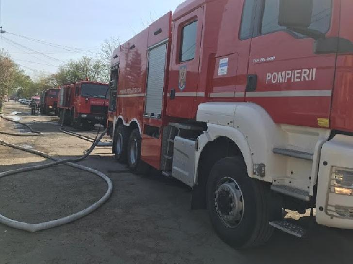 În ultimele zile, trei autoturisme au luat foc, în judeţul Prahova