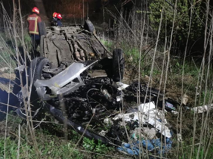 Accident grav, noaptea trecută, in satul Băltiţa. O persoană a ajuns de urgenţă la spital