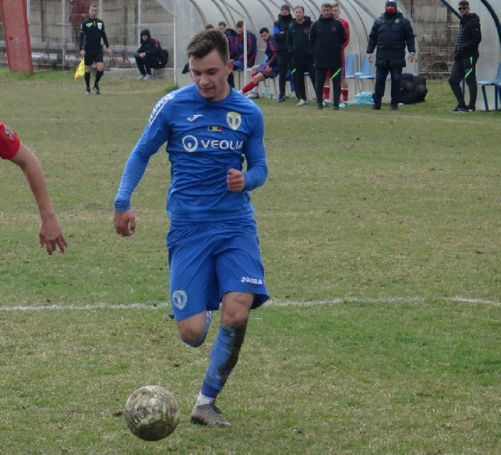 FC PETROLUL PLOIESTI. Două victorii şi un egal pentru juniori în Liga Elitelor