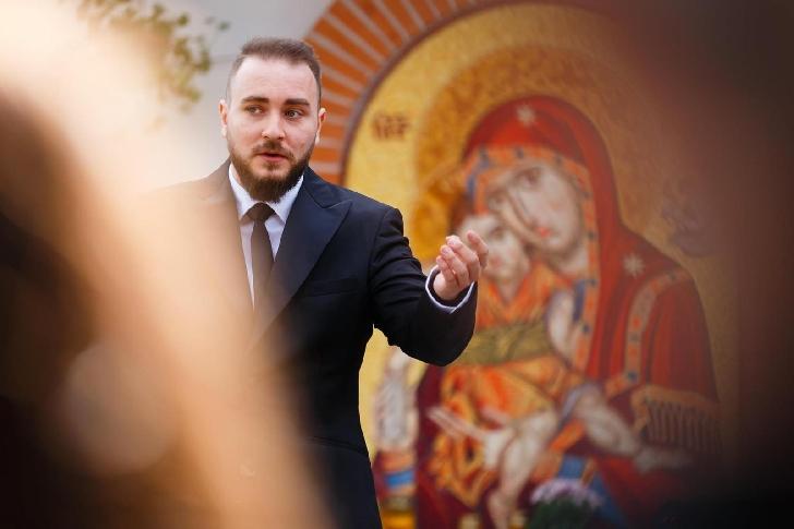 """Corul Filarmonicii """"Paul Constantinescu"""" Ploiesti  întâmpină Sărbătorile Pascale cu două videoclipuri noi"""