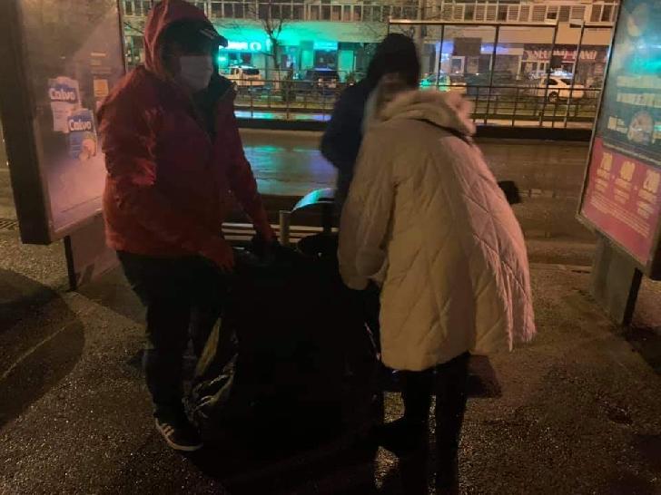 """Voluntarii Filarmonicii"""" Paul Constantinescu"""" au participat la acţiunea de curăţenie organizată la Ploieşti"""