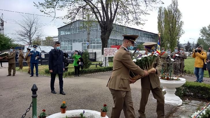 Prefectul judetului Prahova a participat la ceremonia militară şi religioasă pentru sărbătorirea