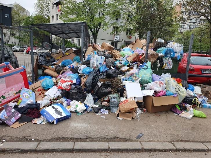 Rosal va începe să strângă gunoiul din Ploieşti. Anunţul a fost făcut de Primarul Ploiestiului
