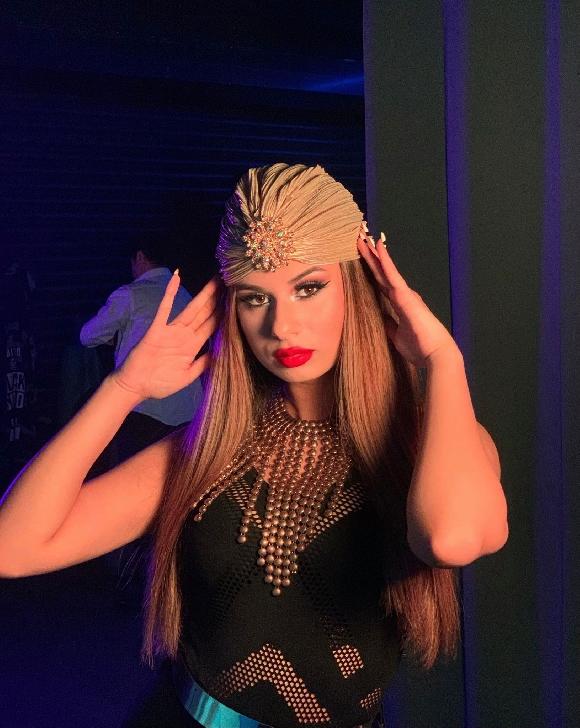Jungheatu Mălina Andreea (Şcoala de dans Happy Dance), studenta de la Politehnică