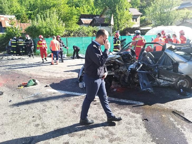 Tragedie rutieră la Nistoresti. 5 persoane au decedat, alte două au ajuns la spital (foto)