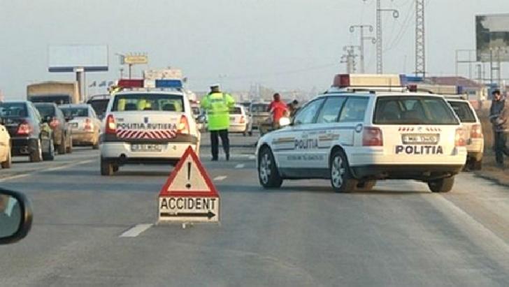 Accident rutier în Blejoi. Patru autoturisme au fost implicate