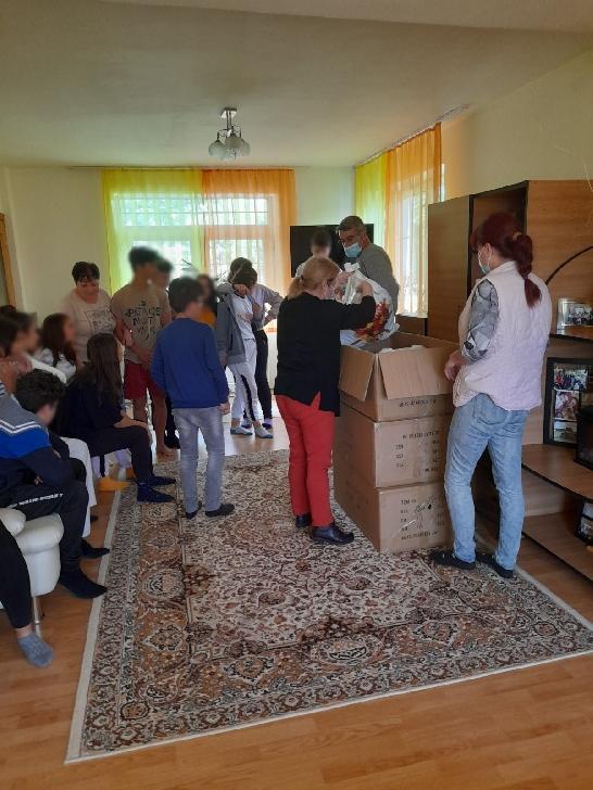 De 1 Iunie, Consiliul Judeţean Prahova le-a oferit cadouri copiilor din centrele de plasament