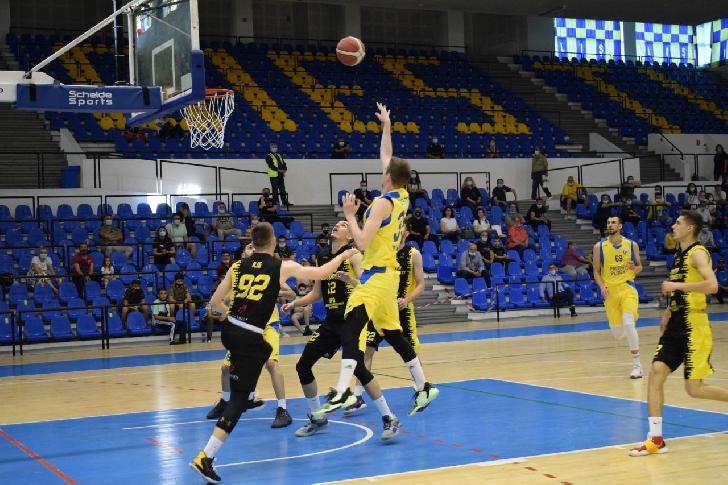 Baschet masculin.Turneul Final  Liga 1. CSM Ploiesti la un meci de promovara dupa victoria cu Stiinta Bucuresti
