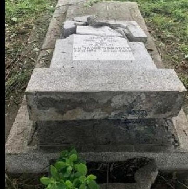 Cinci persoane bănuite de profanare de morminte, după distrugerile din Cimitirul Evreiesc, au fost identificate şi depistate