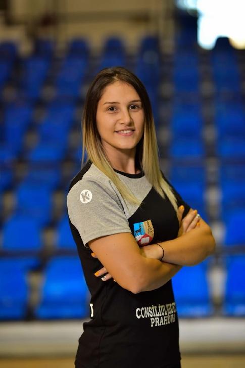 Handbalista Florina-Cătălina Popescu, de la  C.S. Activ Prahova-Ploieşti, va face parte din delegaţia oficială a sportivilor români prezenţi la festivităţile de deschidere a EURO 2020, organizate pe Arena Naţională