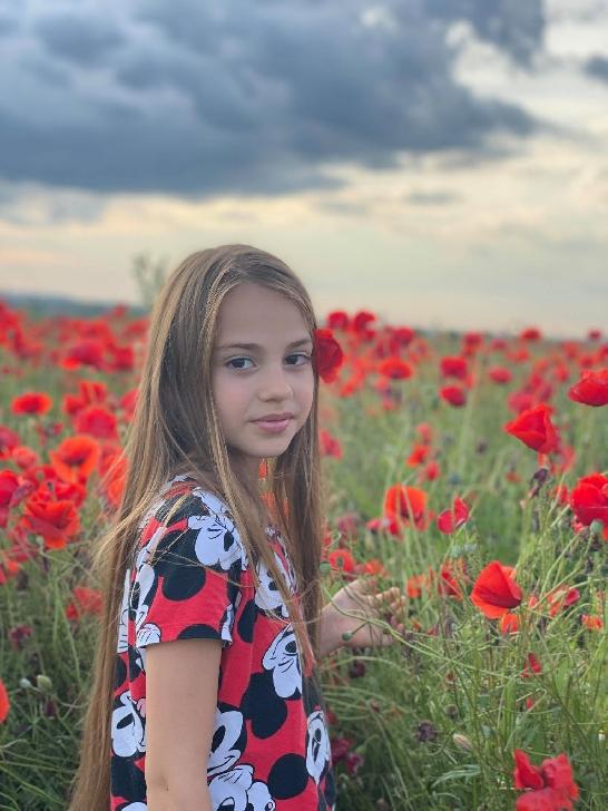 """Ploieşteanca Roberta Popescu a câştigat trofeul la Festivalul-Concurs"""" Festina Talents"""" Constanta"""