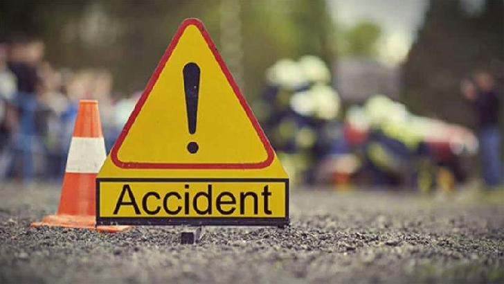 Accident rutier la Podenii Noi. 5 persoane au ajuns la spital