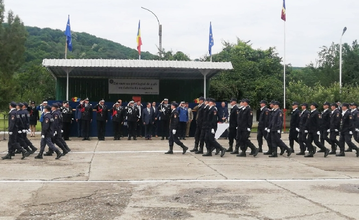 """Un elev al Şcolii de Subofiţeri de Pompieri şi Protecţie Civilă """"Pavel Zăgănescu"""" din Boldeşti-Scăeni,a absolvit cu nota 10"""