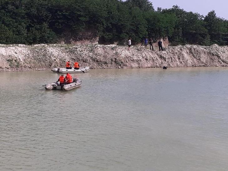 La Gura Vitioarei, un copil în vârstă de 14 ani s-a înecat într-un lac de balastieră