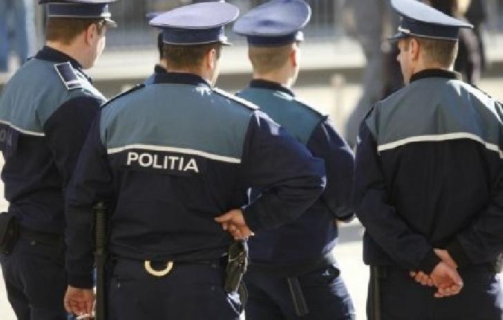 Poliţiştii ploiesteni au avut o misiune aparte.Au fost chemaţi la demolarea unei clădiri  din municipiu