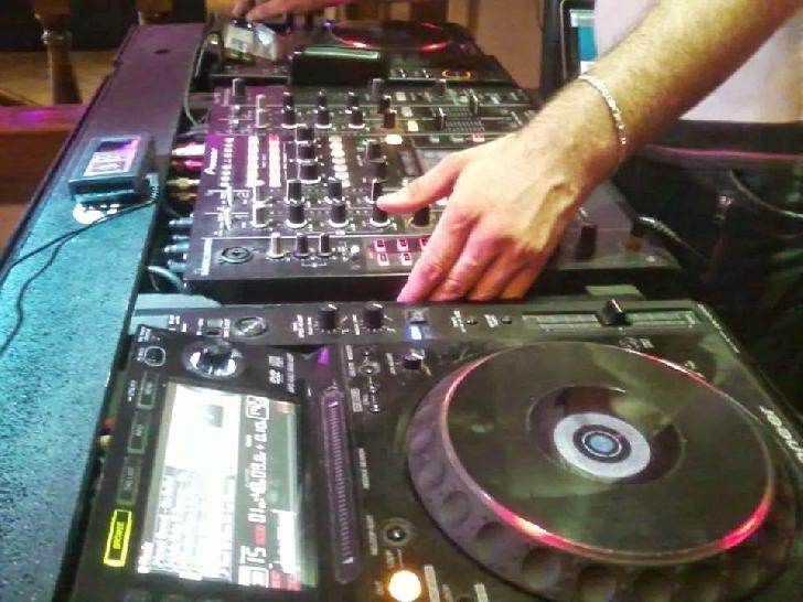 Poenaru George-DJ GeoMIX, un dj care revine în peisaj