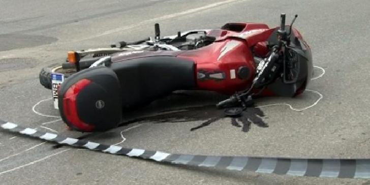 Accident rutier în Ploieşti, între un autoturism şi o motocicletă