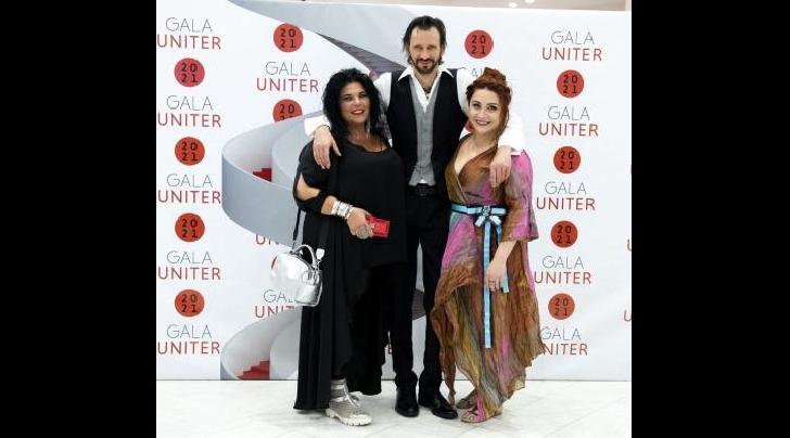 """Bogdan Farcaş, actor la Teatrul """"Toma Caragiu"""" Ploiesti a fost  desemnat de public """"Cel mai bun actor în rol principal"""", la Gala UNITER 2021"""