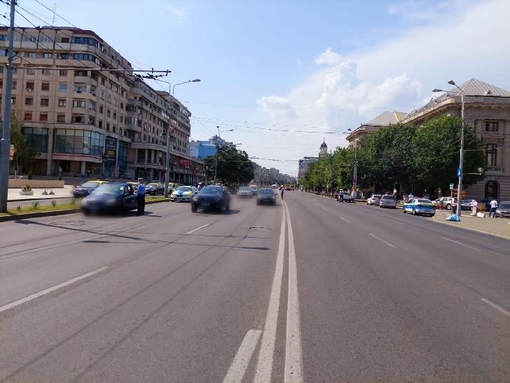 Poliţiştii rutieri prahoveni au desfăşurat ieri, 28 iulie a.c., o acţiune de amploare în municipiul Ploieşti şi pe principalele artere rutiere din judeţ