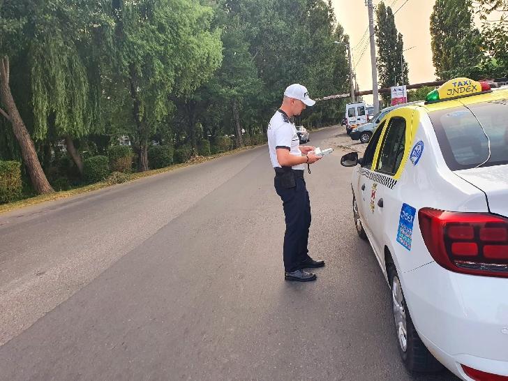 PESTE 165 DE POLIŢIŞTI rutieri din cadrul IJP  Prahova vor acţiona în perioada 30 iulie - 1 august a.c în vederea asigurării unui climat de ordine şi siguranţă rutieră