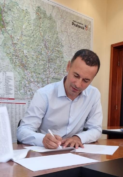 Iulian Dumitrescu porneşte a treia şosea de centură. Încep studiile la  varianta ocolitoare Băneşti-Valea Doftanei