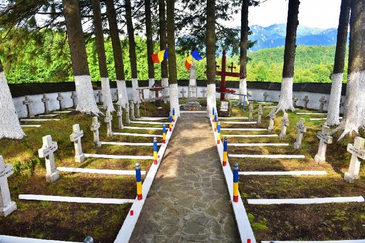 Tabla Buţii, loc de pelerinaj pentru omagierea eroilor (foto)