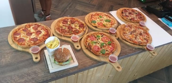 """"""" Pizza pe bune"""" o găseşti la...Predeşti. Foto si video"""