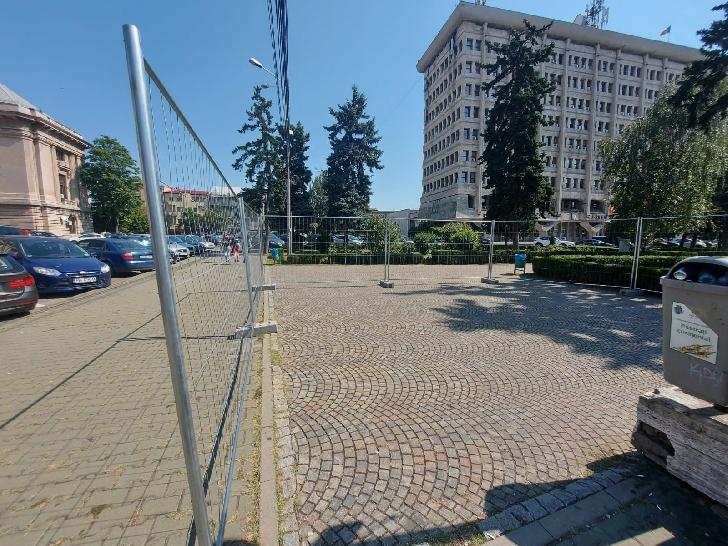 Primăria Municipiului Ploieşti a inceput   lucrările de reparaţii la pasajul pietonal Omnia-Winmarkt