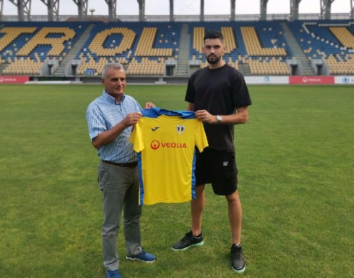 Petrolul Ploiesti l-a transferat pe  bosniacul Senad Jarovic