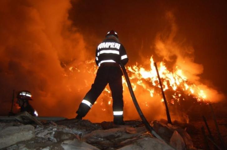 Incendiu la o casă particulară din Ciorani