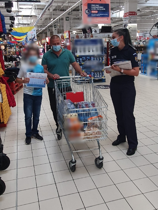 """""""Vacanţa s-a terminat! Sunteţi pregătiţi pentru un nou început?"""".Campanie de prevenire a victimizării minorilor, derulată de Poliţia Română (foto -video)"""