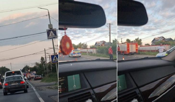 Accident rutier la Bucov. O cisternă a lovit două autoturisme, apoi s-a oprit într-o curte. Şoferul a consumat alcool