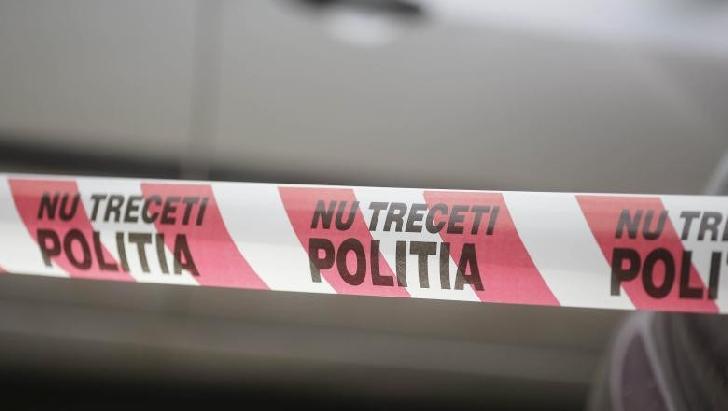 Un bărbat a decedat după ce s-a aruncat de pe un bloc din Ploieşti