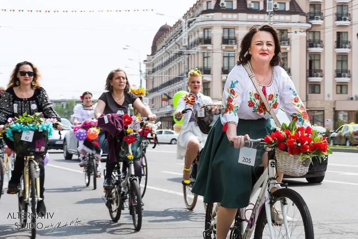 """Sambata are loc cea de a 4 a editie """"Tocuri pe Biciclete"""""""