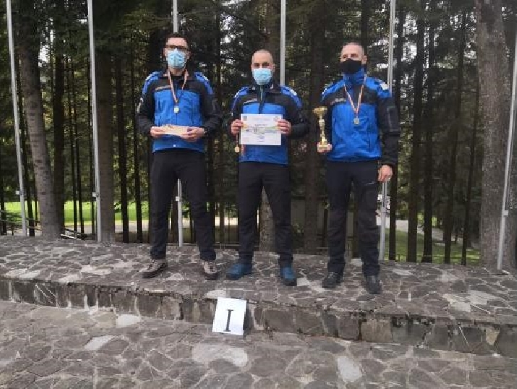 Jandarmii din Prahova,  locul I la competitia