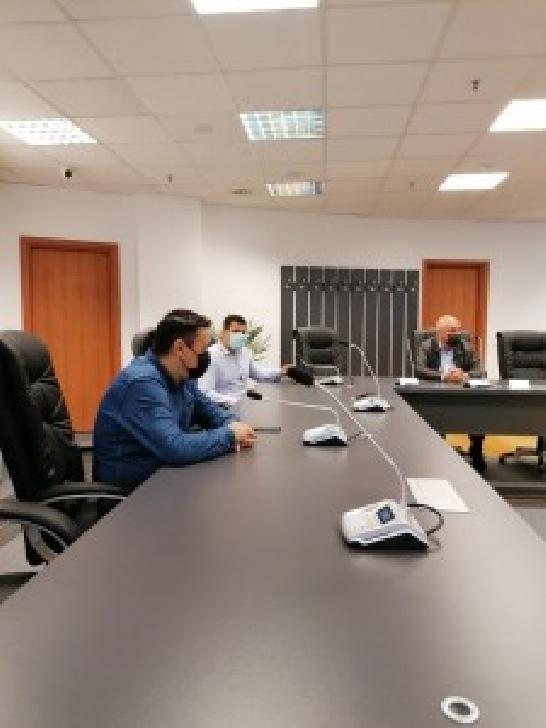 Sfidare sau bătaie de joc?!? Reprezentanţii ACS Petrolul 52 Ploiesti  refuză discuţiile cu Primăria şi  consilierii locali din Ploieşti
